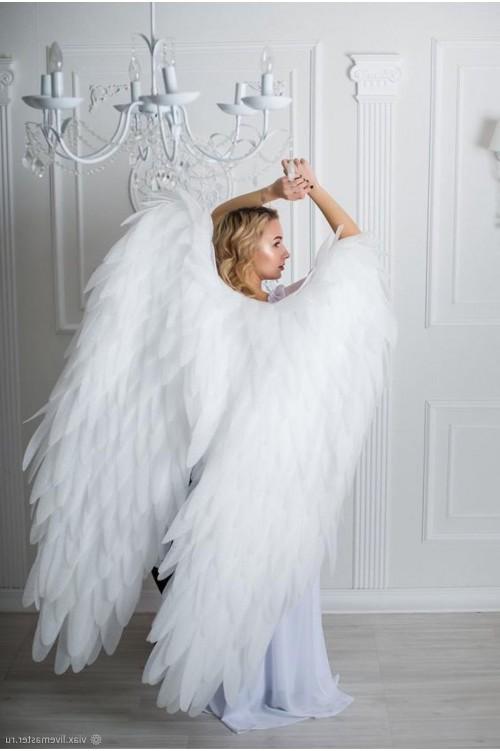 Крылья белые большие